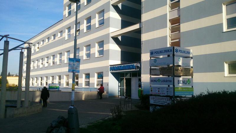 5fee2d5094e5 Přes Bariéry - Zdravotnické potřeby - Zdravotní pomůcky Poliklinika ...
